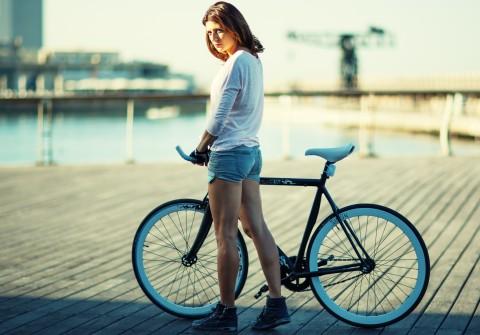 ロードバイク 女性