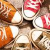 スニーカーを買う時は「靴紐を変える」という選択肢を持とう。掘り出し物が見つかるぞ