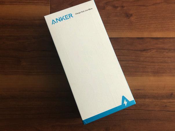 Anker PowerWave 10 Dual Pad_外箱