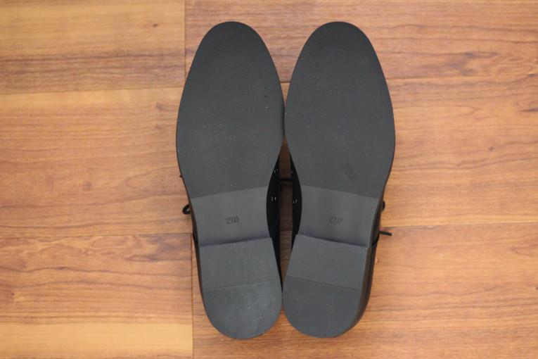 GU「ダービーシューズ」は革靴好きも ...